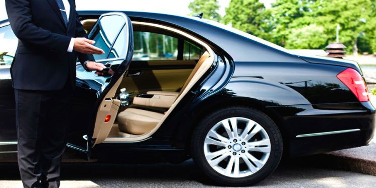Executive Car Hiring - Shaped Out For Modern Business